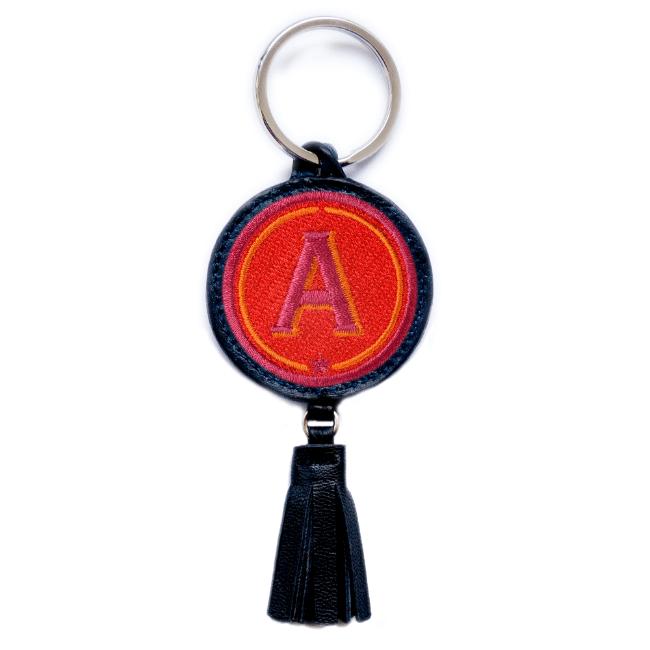 Schlüsselanhänger ABC · rot/pink · mit Tassel