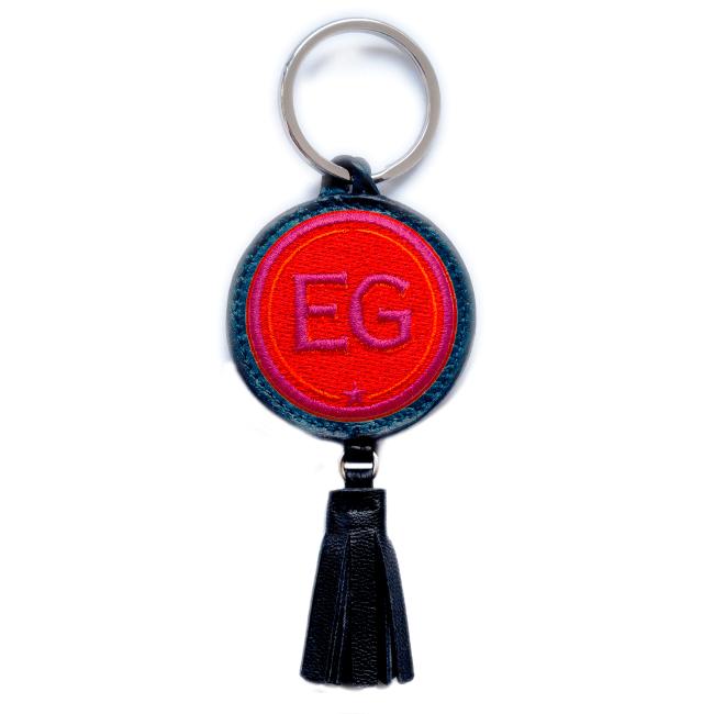 Schlüsselanhänger INITIALEN · rot/pink · mit Tassel · personalisierbar