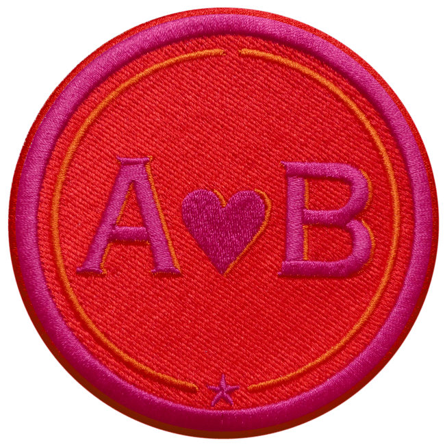 Label LOVE · 9cm · rot/pink · personalisierbar