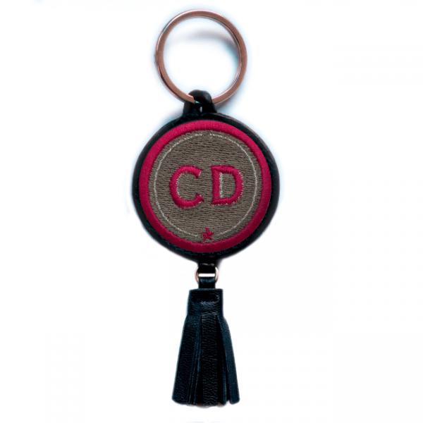 Schlüsselanhänger INITIALEN · beige · mit Tassel · personalisierbar