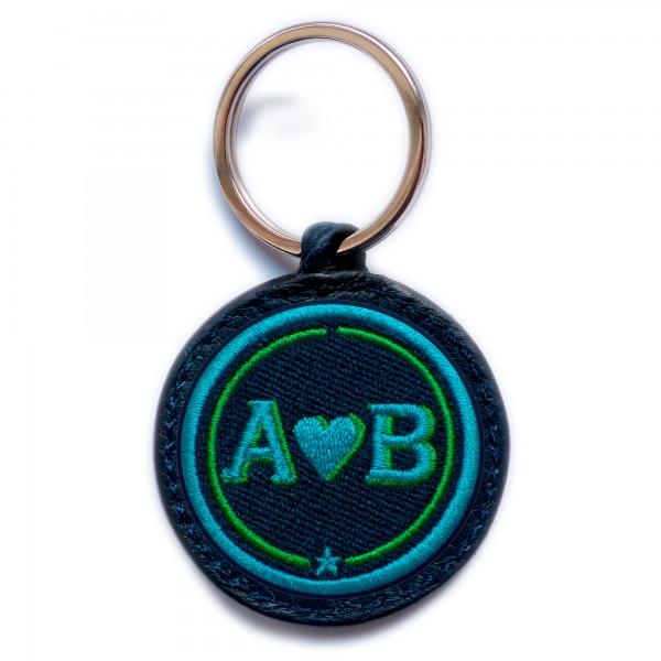 Schlüsselanhänger Love · türkis/grün · personalisierbar